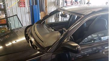 Image de Pare-Brise pour Honda neuf incluant l'installation - Windshield