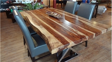 Image de Table à dîner en bois de rose