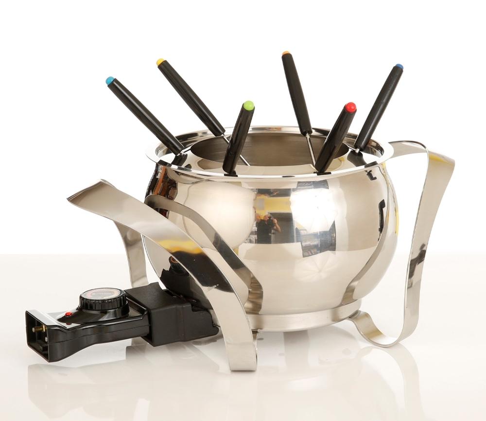 ensemble fondue lectrique montreux swissmar fe1004 centre d 39 achats en ligne ouvrez. Black Bedroom Furniture Sets. Home Design Ideas