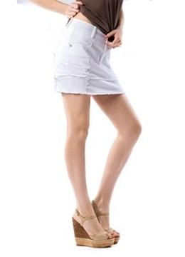 Image de Parasuco jupe courte délavée en denim blanc avec ourlet effiloché